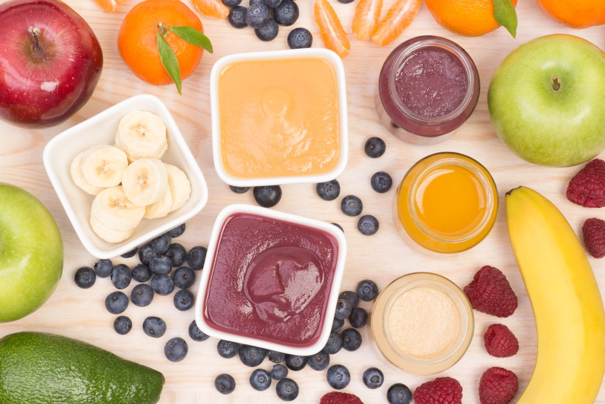 Fruit smoothies for a baby
