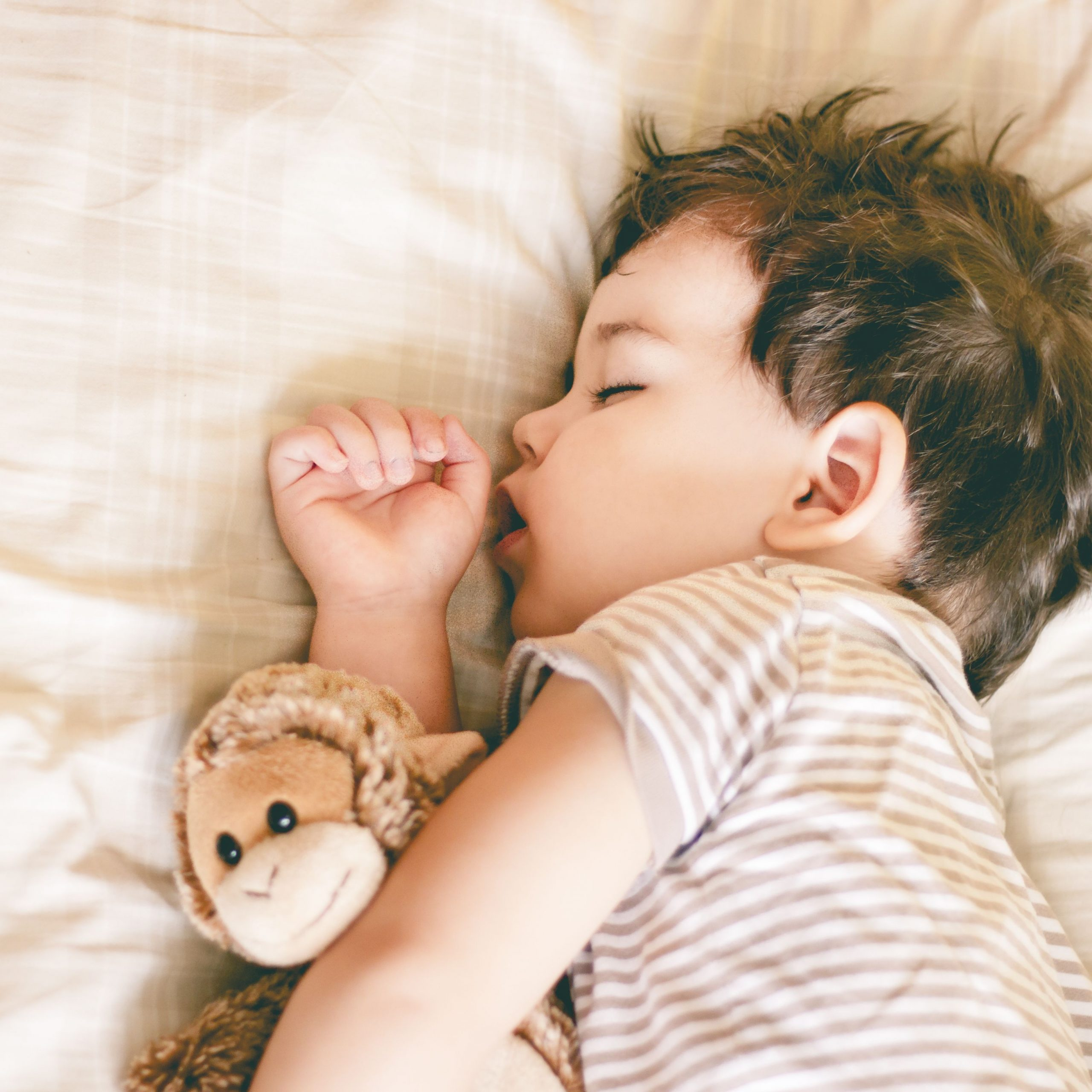 Safe sleep for toddlers, pediatrician
